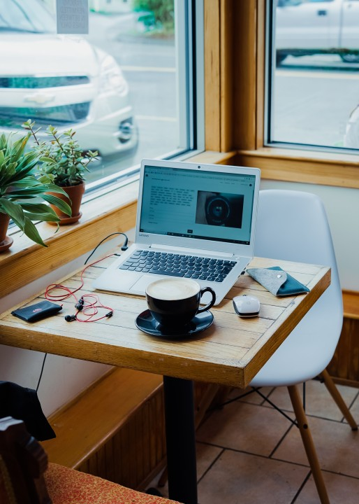 ARE YOU PLANNING A BUSINESS FROM HOME? SEE HOW TO PREPARE FOR REMOTE WORK
